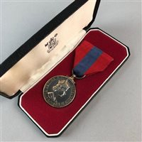 Lot 17-A WWI GREAT WAR MEDAL AND A CIVILISATION MEDAL