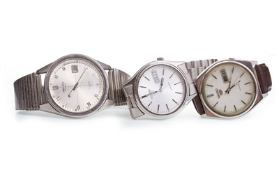 Lot 854-THREE SEIKO WRIST WATCHES