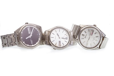 Lot 852-THREE SEIKO WATCHES