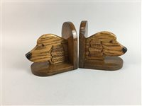 Lot 14-A PAIR OF OAK BOOKENDS