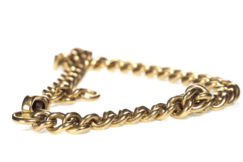 Lot 27-A GOLD CURB LINK BRACELET