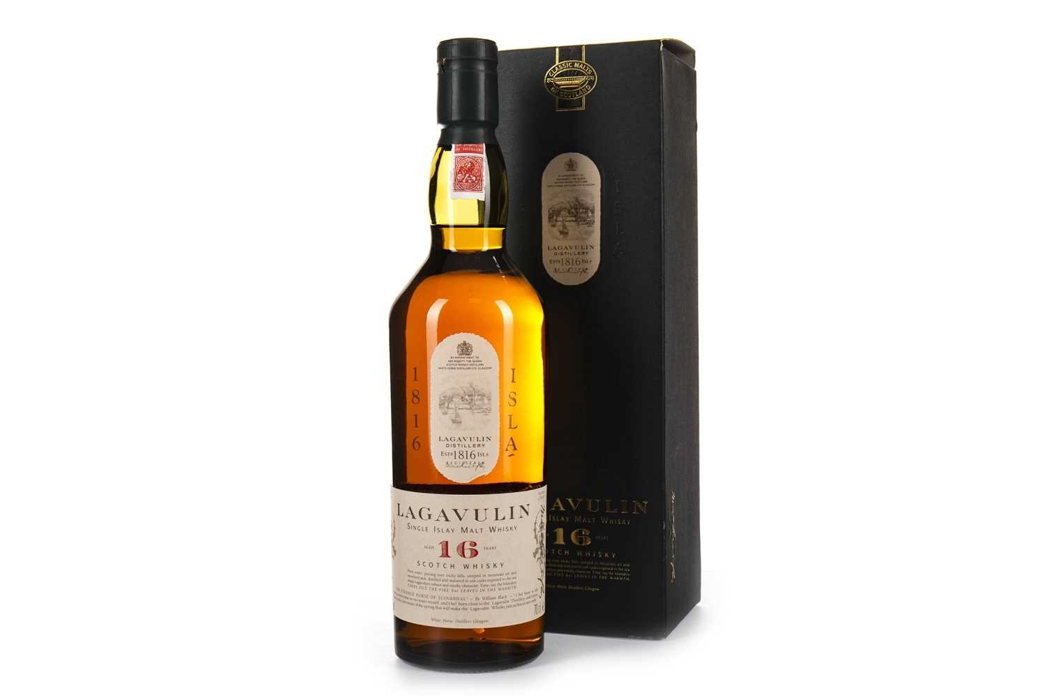 Lot 7-LAGAVULIN AGED 16 YEARS WHITE HORSE DISTILLERS