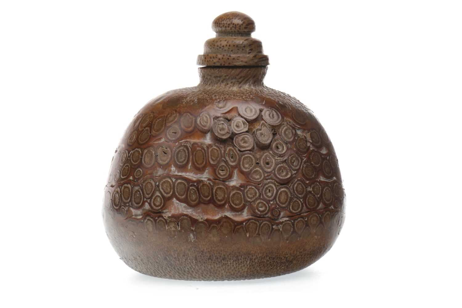 Lot 1023-A CHINESE WOOD SNUFF BOTTLE