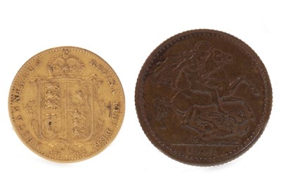 Lot 508-A GOLD HALF SOVEREIGN, 1892 AND A VICTORIA MEDALLION, 1902