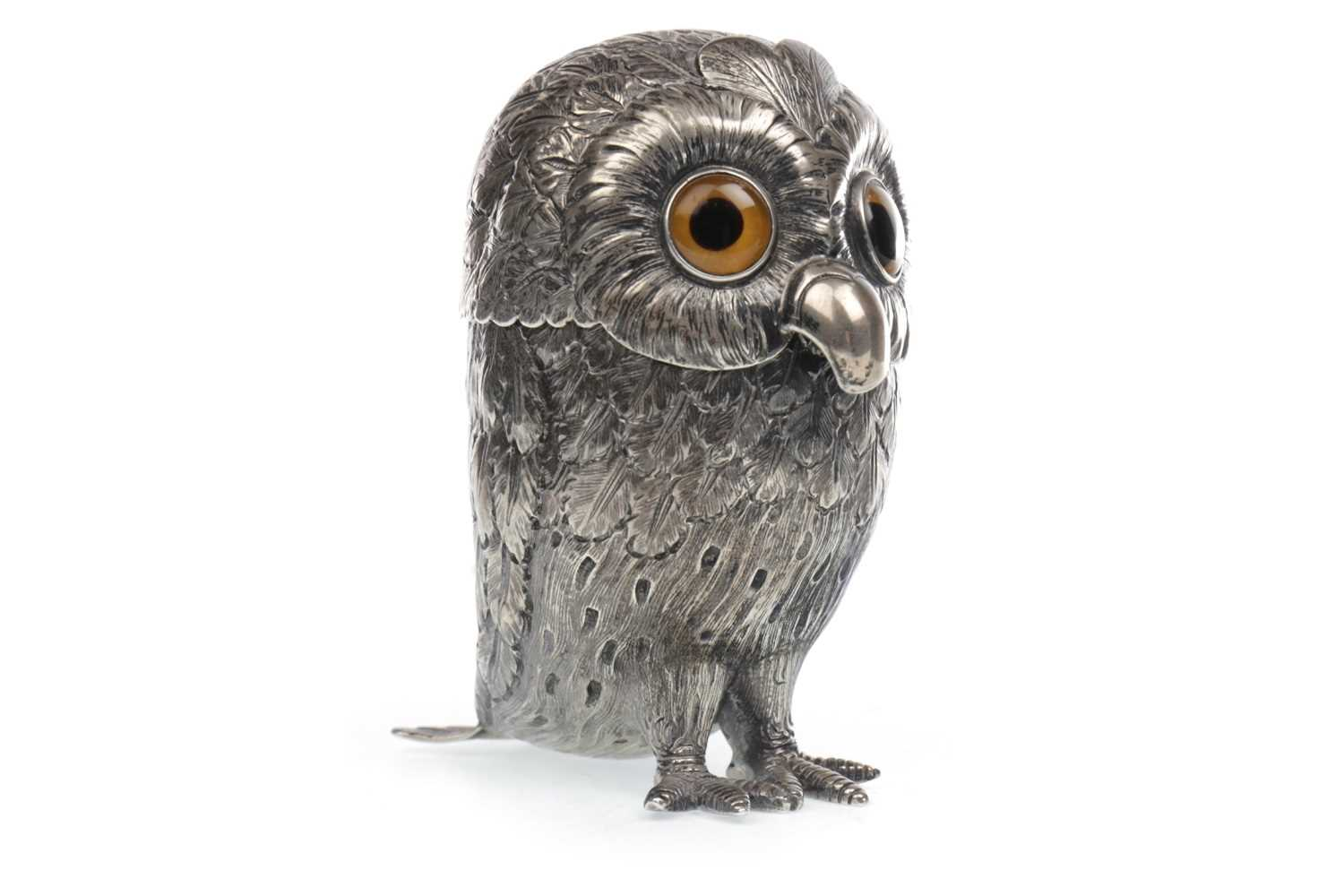 Lot 801-AN IMPRESSIVE EDWARDIAN SILVER MUSTARD POT MODELLED AS AN OWL, BY GEORGE FOX