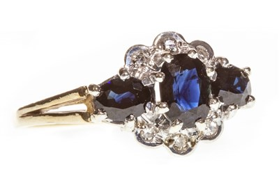 Lot 59-A BLUE GEM AND DIAMOND CLUSTER RING