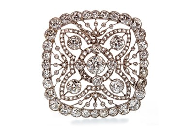 Lot 3-A VERY IMPRESSIVE BELLE EPOQUE DIAMOND BROOCH