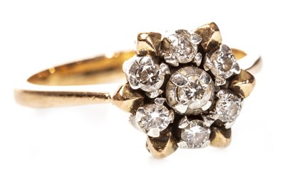Lot 66-A DIAMOND CLUSTER RING