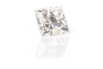 Lot 138-AN UNMOUNTED DIAMOND