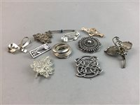 Lot 9-A SCOTTISH BROOCH AND A COLLECTION OF OTHER BROOCHES