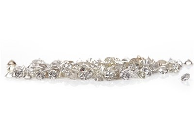 Lot 156 - A COLLECTION OF UNMOUNTED DIAMONDS