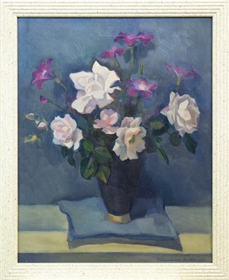Lot 431-FLORAL STILL LIFE, AN OIL BY WINIFRED MCKENZIE
