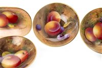 Lot 1077-A LOT OF ROYAL WORCESTER FRUIT PAINTED PIN DISHES