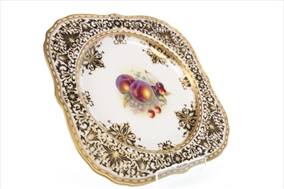 Lot 1228-A SET OF FOUR ROYAL WORCESTER PLATES BY ALBERT SHUCK