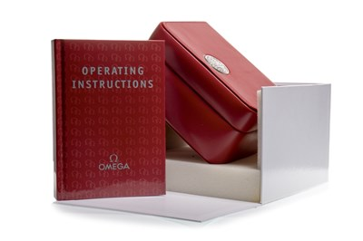 Lot 863 - AN OMEGA INNER AND OUTER WATCH BOX AND INSTRUCTIONS BOOKLET