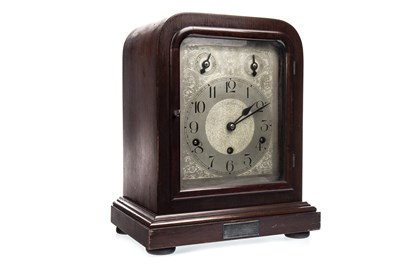 Lot 1415-AN EDWARDIAN MANTEL CLOCK