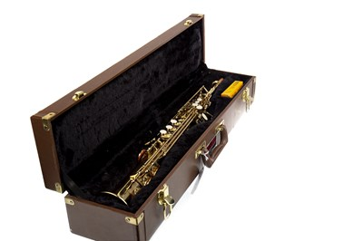 Lot 1418-AN EARLHAM SERIES II SAXOPHONE IN FITTED CASE