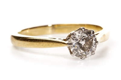 Lot 35-A DIAMOND SOLITAIRE RING
