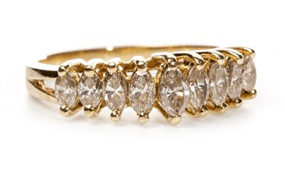 Lot 59 - A DIAMOND DRESS RING