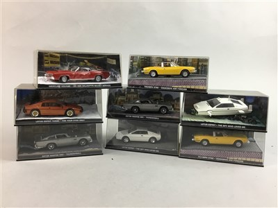 Lot 19-EIGHT JAMES BOND 007 MODEL VEHICLES