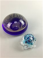 Lot 28-A MURANO GLASS PAPERWEIGHT, TURTLE AND A CLOISONNE BOWL