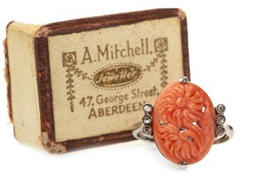 Lot 77 - AN EARLY 20TH CENTURY CORAL AND DIAMOND RING