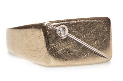 Lot 49-A GENTLEMAN'S DIAMOND SET RING