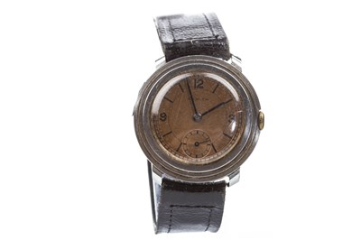 Lot 822-A GENTLEMAN'S ZENITH STEEL  WATCH, C.1930S