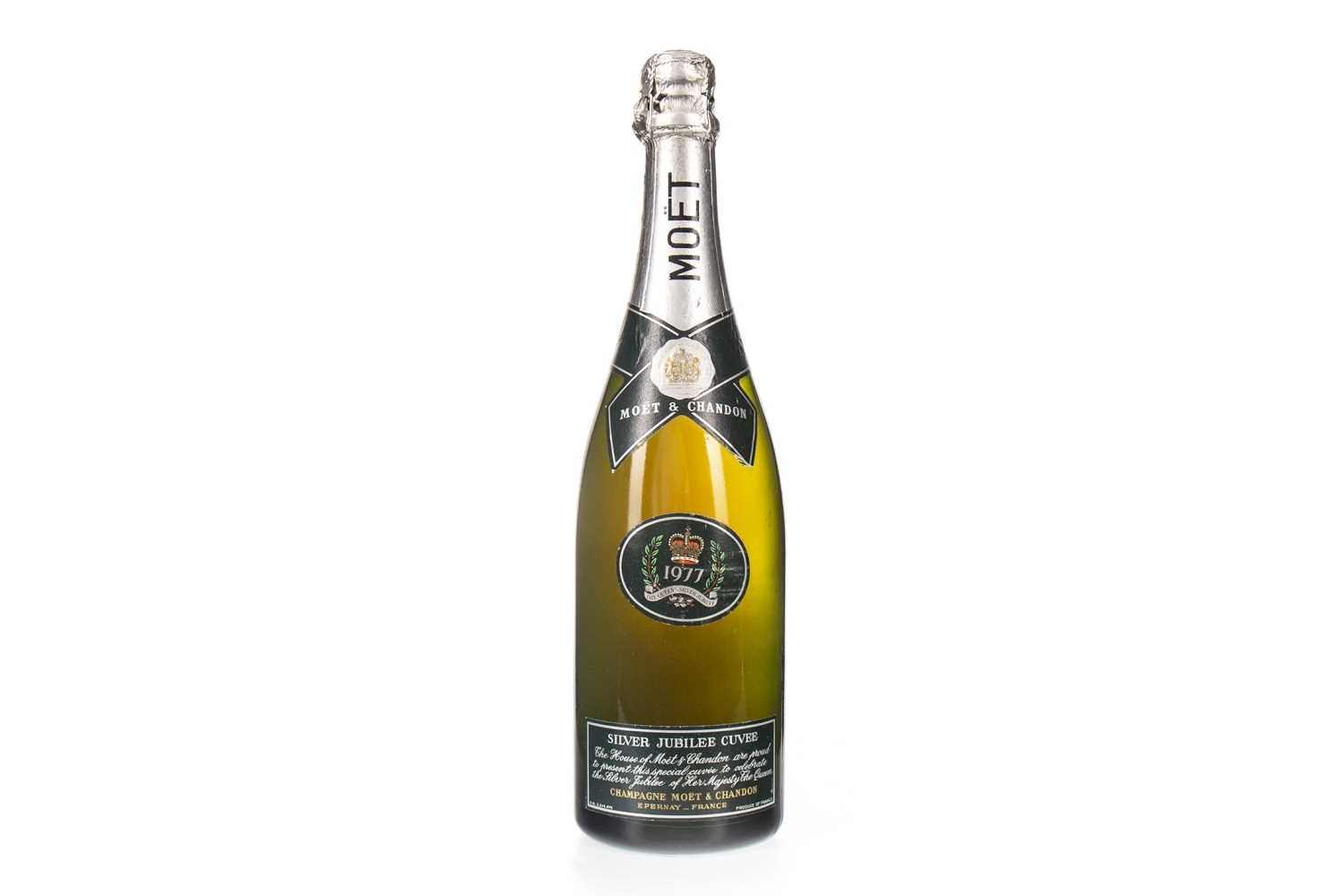 Lot 2006-MOET & CHANDON 1977 SILVER JUBILEE