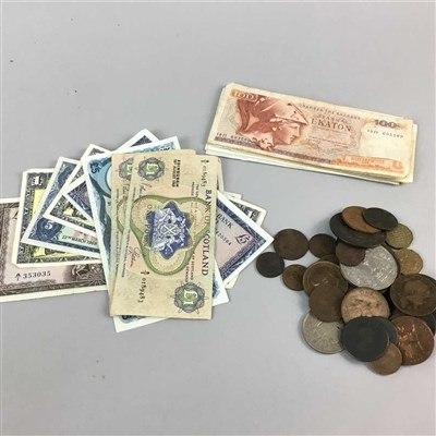 Lot 10-A COLLECTION OF VARIOUS 20TH CENTURY UK AND INTERNATIONAL BANKNOTES AND COINS