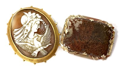 Lot 3-A VICTORIAN AGATE BROOCH AND A VICTORIAN CAMEO BROOCH