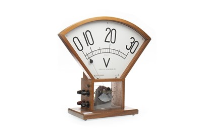 Lot 1404-AN EARLY 20TH CENTURY GRIFFIN & GEORGE VOLTMETER