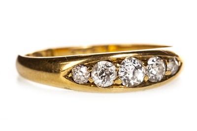 Lot 239 - A VICTORIAN EIGHTEEN CARAT GOLD DIAMOND RING