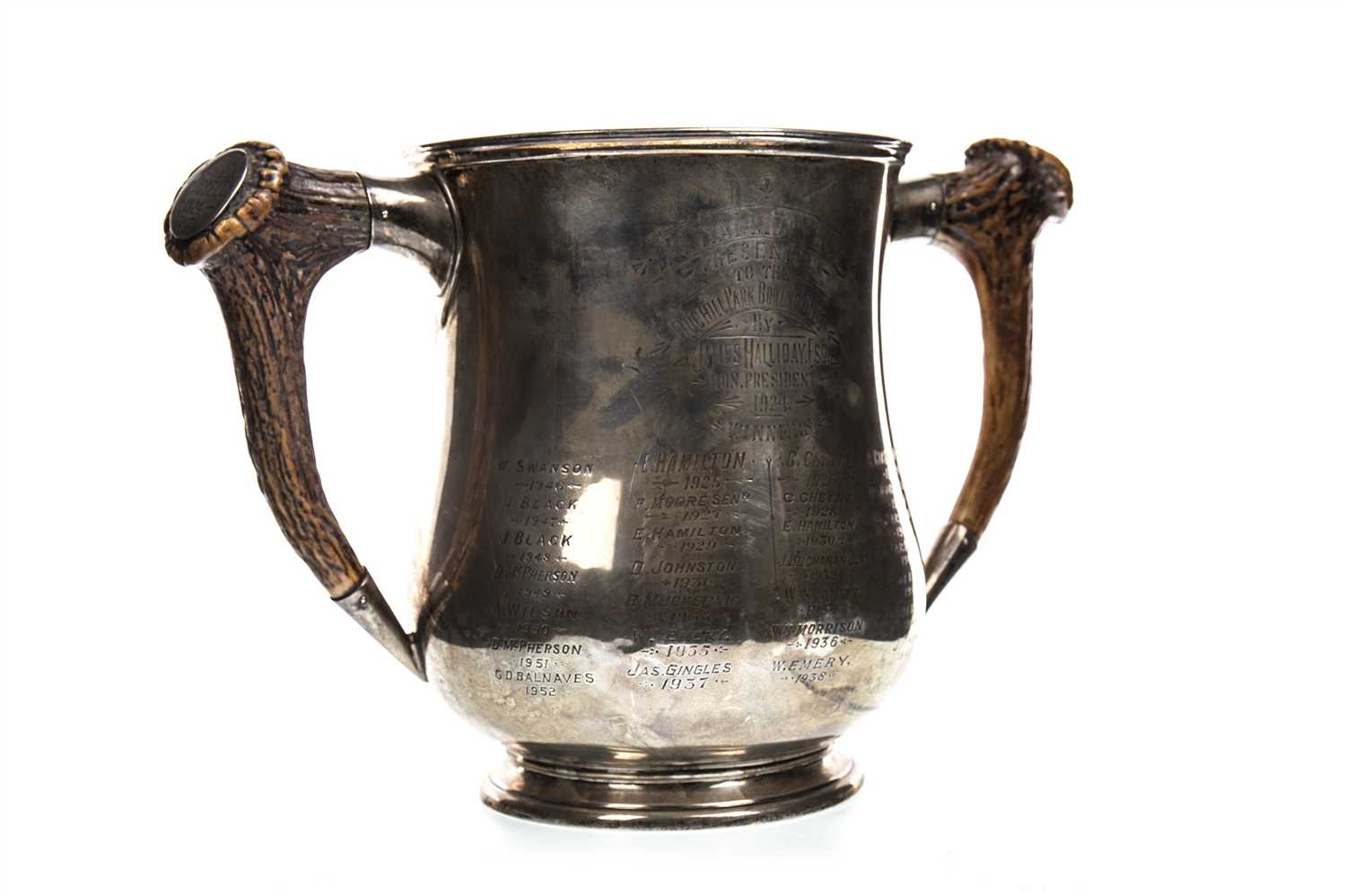 Lot 1917-THE HALLIDAY BOWLING CUP - A HORN HANDLED SILVER TROPHY CUP