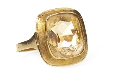 Lot 15-A CITRINE DRESS RING