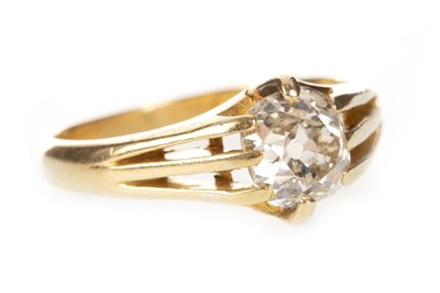 Lot 58-DIAMOND SINGLE STONE RING