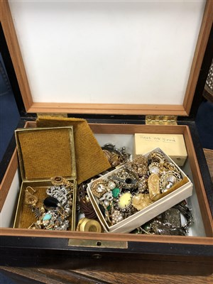 Lot 19-A LARGE GROUP OF COSTUME JEWELLERY