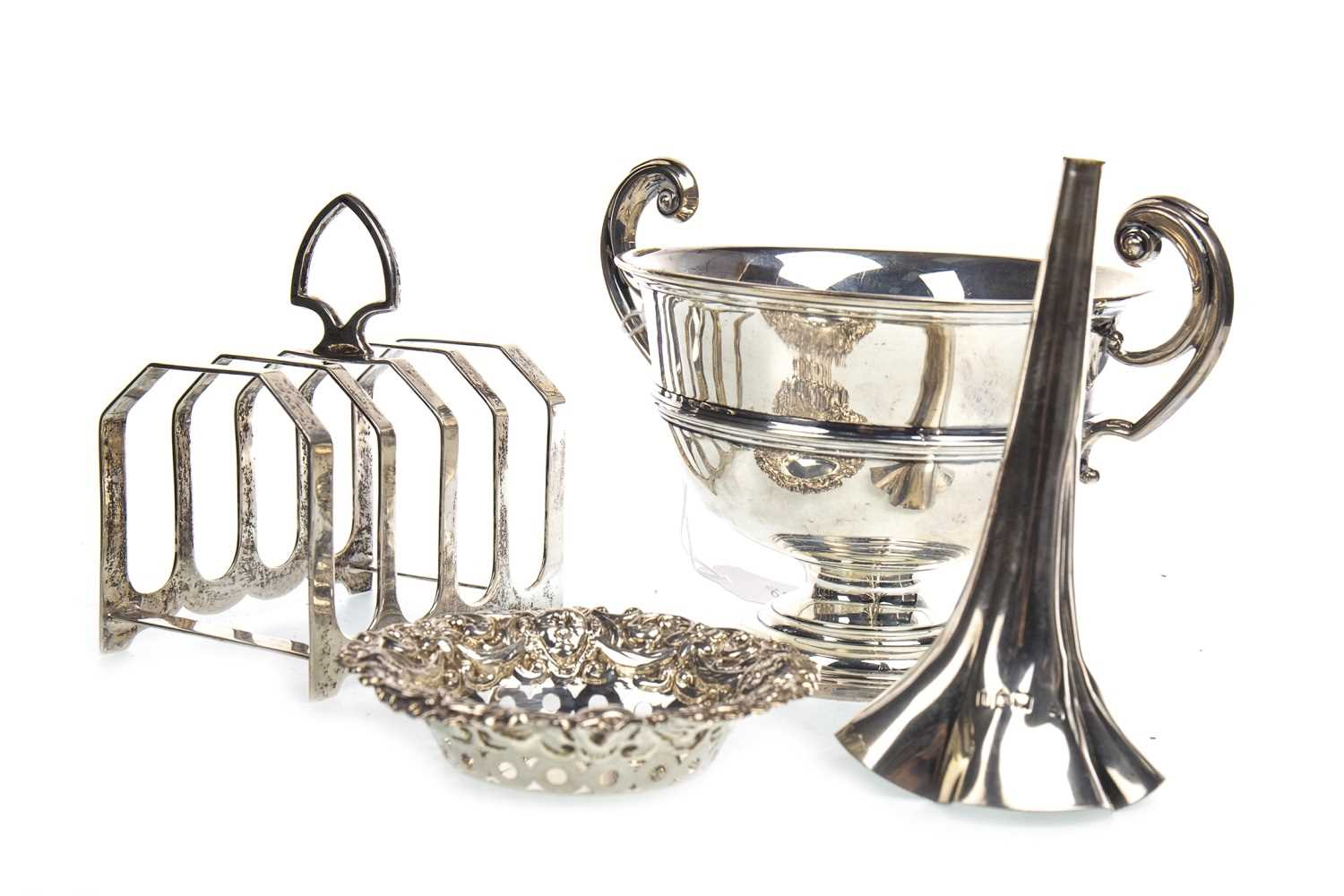 Lot 803-AN EDWARD VII TROPHY CUP AND OTHER EARLY 20TH CENTURY SILVER ITEMS