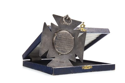 Lot 1601-A VICTORIAN SILVER MASONIC PRESENTATION MEDAL