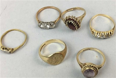 Lot 3-A DIAMOND FIVE STONE BOAT SHAPED RING AND FIVE OTHER GOLD RINGS