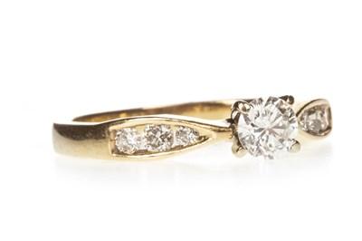 Lot 28-A DIAMOND DRESS RING