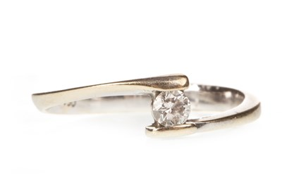 Lot 103-A DIAMOND SOLITAIRE RING