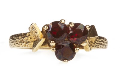 Lot 119-A RED GEM SET RING