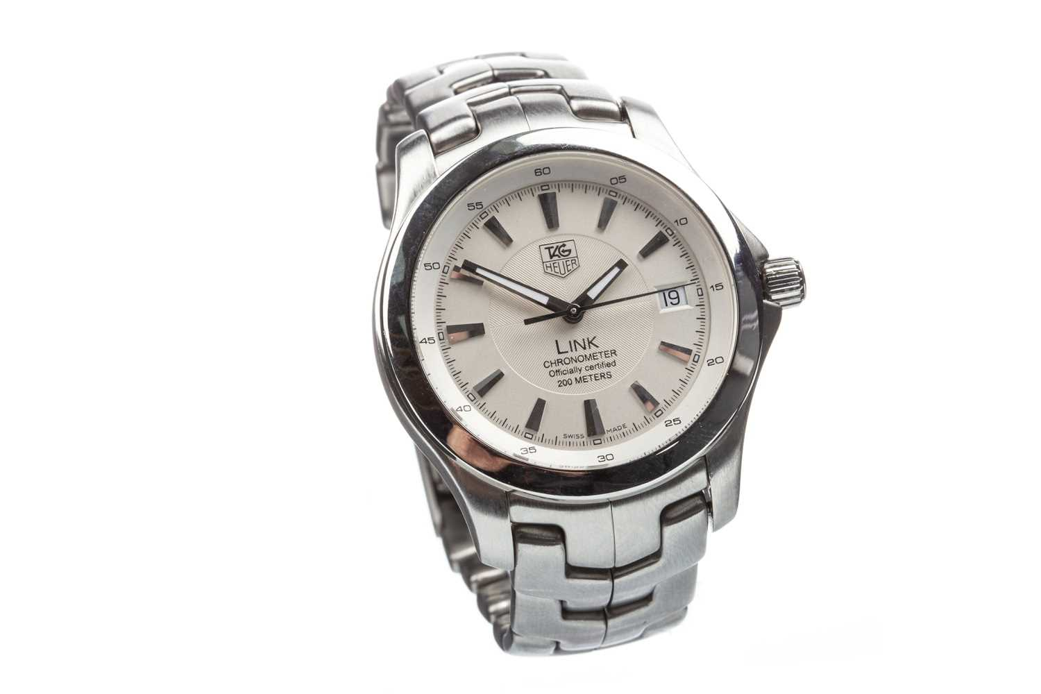Lot 789-A GENTLEMAN'S TAG HEUER LINK STEEL WATCH