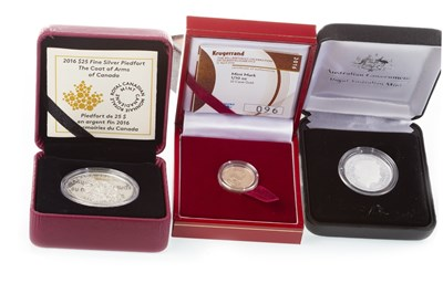 Lot 583 - A 1/10 OZ KRUGERRAND, AUSTRALIAN COIN AND A CANADIAN COIN
