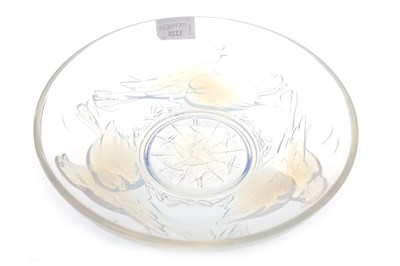 Lot 1225-AN EZAN OF FRANCE OPALESCENT GLASS BOWL