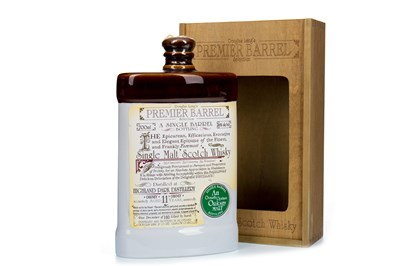 Lot 323-HIGHLAND PARK PREMIER BARREL AGED 11 YEARS