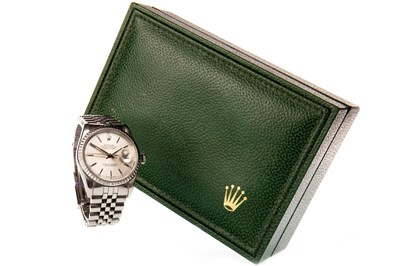 Lot 757-A GENTLEMAN'S ROLEX OYSTER PERPETUAL DATEJUST WATCH