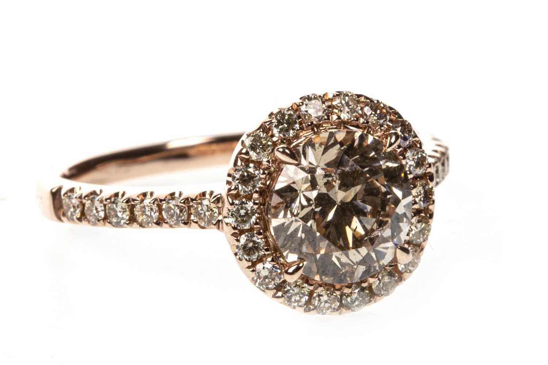Lot 30-A CERTIFICATED DIAMOND DRESS RING