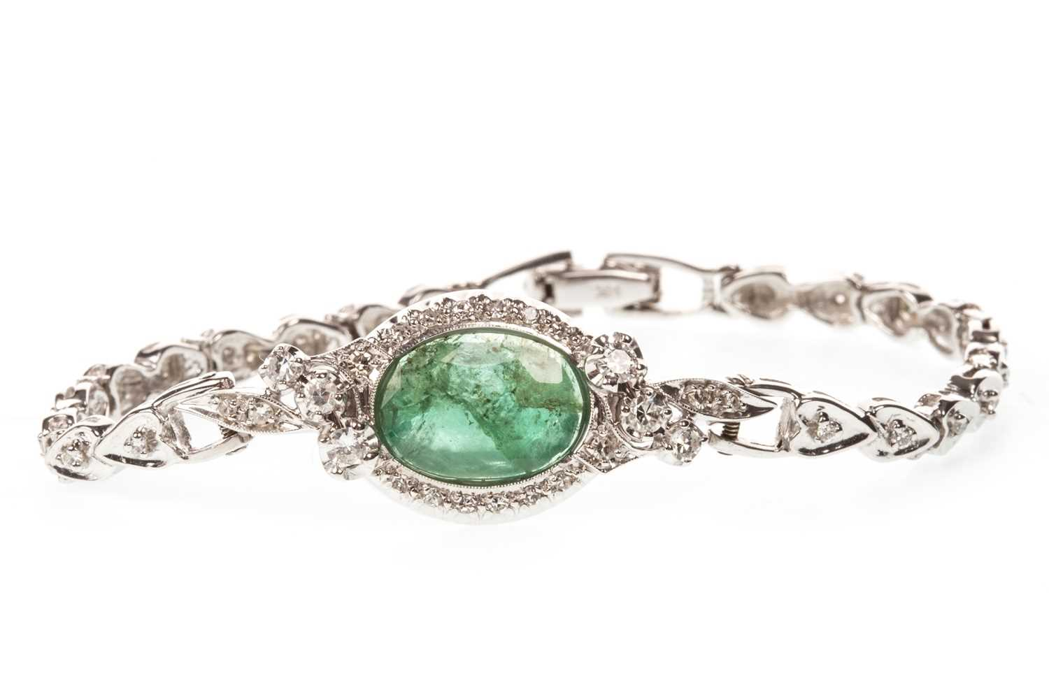 Lot 40-A CERTIFICATED EMERALD AND DIAMOND BRACELET